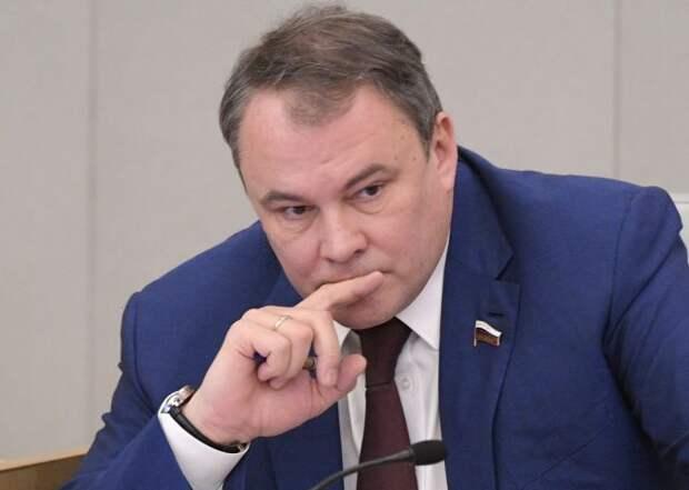 Толстой: РФ стоит пересмотреть свою роль в ПАСЕ и быть готовой уйти из неё