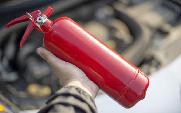 Проверьте багажник – вы правильно храните огнетушитель?