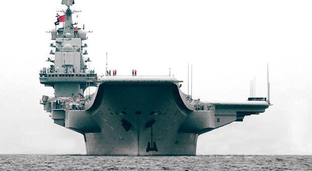 Китайцы своих не бросают? В сирийском порту пришвартовался китайский авианосец «Ляонин»