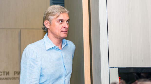 """Холодная месть Грефа? С """"Яндексом"""" поквитаться """"Тинькофф'ым"""""""