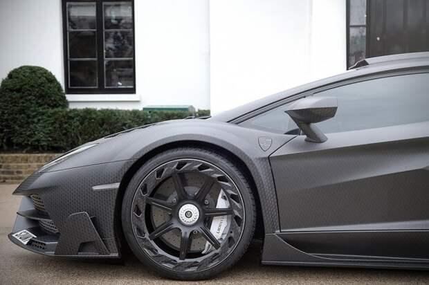 Специальная версия Lamborghini Aventador для Женевского автосалона