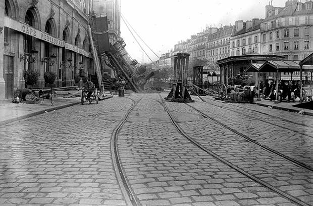 Крушение поезда на вокзале Монпарнас 1895 года