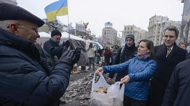 Виктория Нуланд снова едет в Киев. Без пряников, но с кнутом