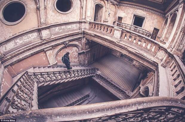 Заброшенные места через объектив Анны Мики