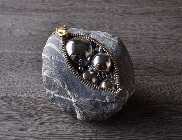 """Набивные"" камни Hirotoshi Itoh"