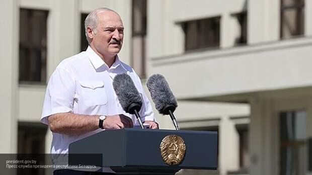Лукашенко: Мы с Россией сохраним наше Отечество от Бреста до Владивостока