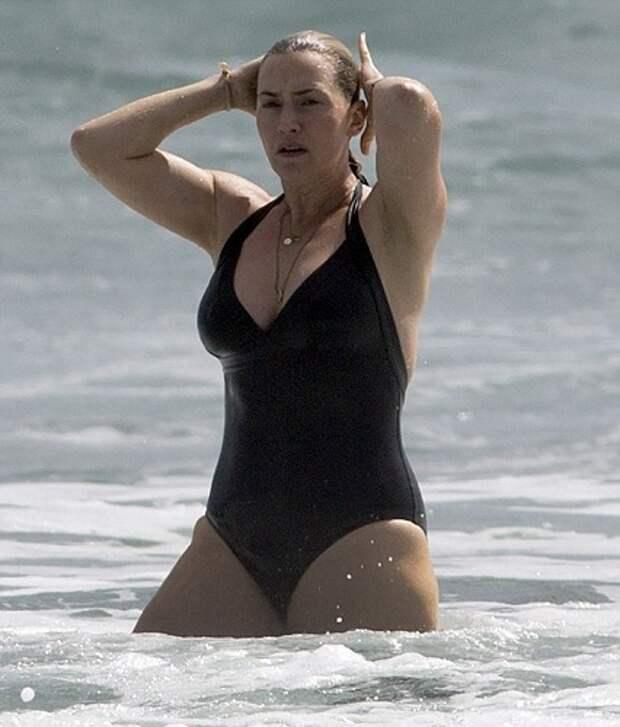 Звездные телеса на пляже: похудеть к лету не успел никто