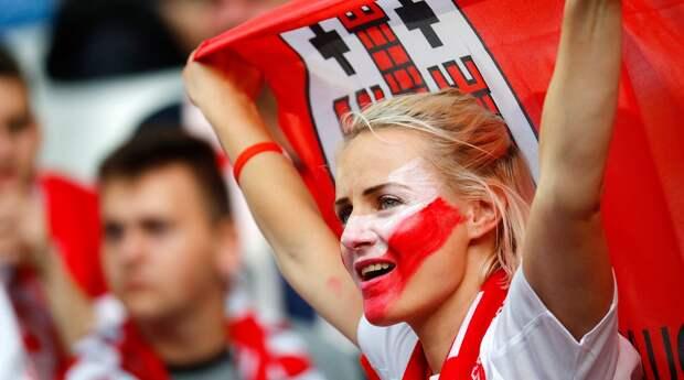 Самые красивые болельщицы Евро-2016
