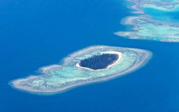 Барьерный риф Новой Каледонии, Франция