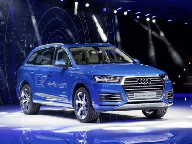 Дизель-электрический Audi Q7 поманил цифрами (ВИДЕО)