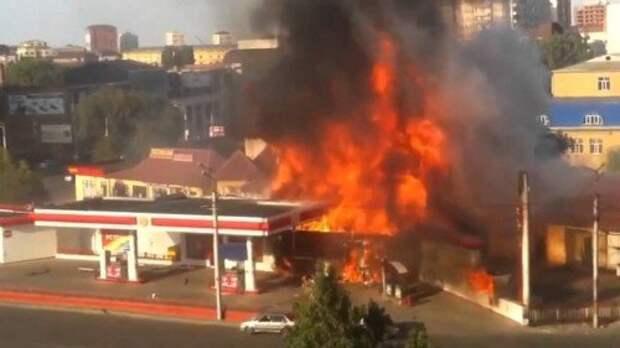 Взрыв на бензоколонке в Махачкале