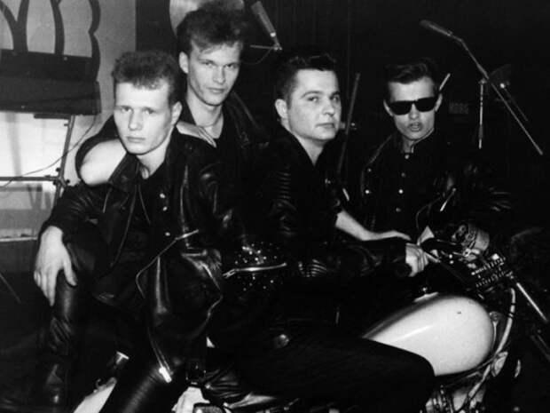Легенды 1990-х: группа «Технология», или История о том, почему Роман Рябцев не стал звездой во Франции