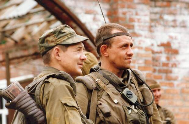 """На полях сражений Первой Чеченской войны. ИНТЕРВЬЮ С ВЕТЕРАНОМ """"БЕШЕНОЙ РОТЫ"""""""