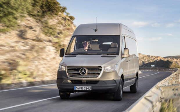 Mercedes-Benz привез в Россию новое поколение Спринтера