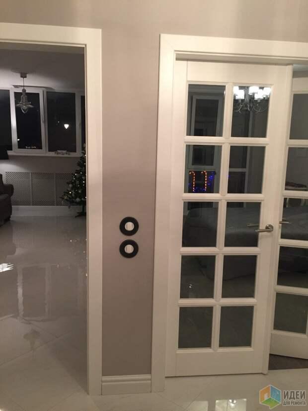 Отделка прихожей, распашные двери, дверь с расстекловкой