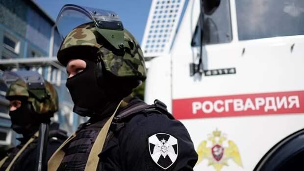 Трое силовиков погибли в бою с вооруженными террористами в Грозном