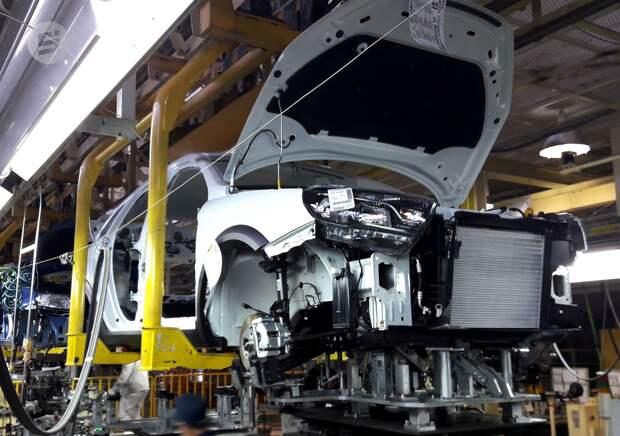 Ижевский автозавод приостановит производство из-за перебоев с комплектующими