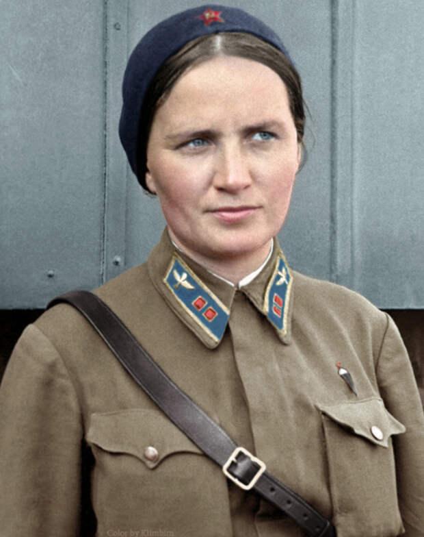 Последний полет Марины Расковой: как погибла летчица и почему ее смерть стала легендой
