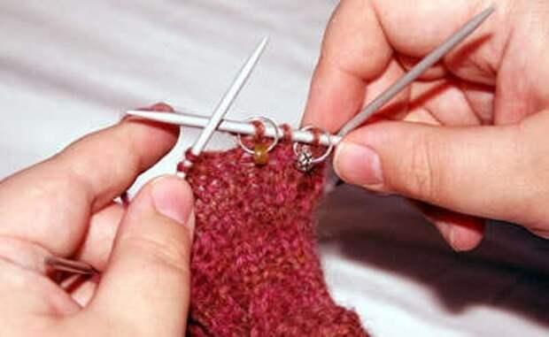 мастер класс по вязанию варежек с пальчиком клином