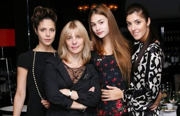 Как живут дочери актрисы Веры Глаголевой после ее ухода