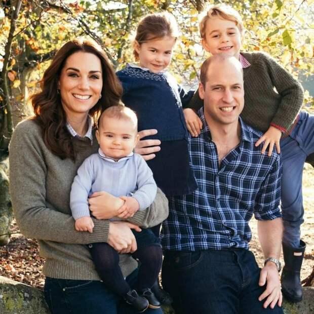 Кейт Миддлтон и королева Елизавета II удивили маленького принца Джорджа подарками на день рождения