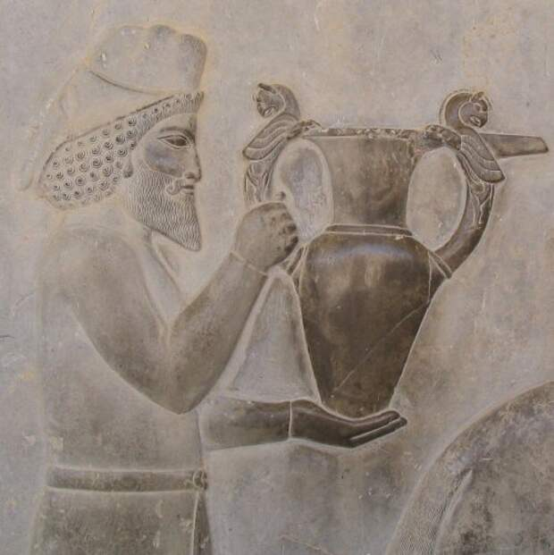 Армянин, несущий дань персидскому царю. <br>
