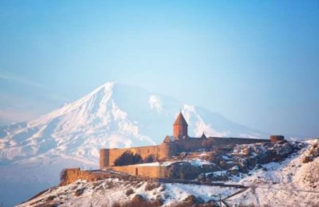 Поставки российского газа в Армению будут временно вестись через Азербайджан