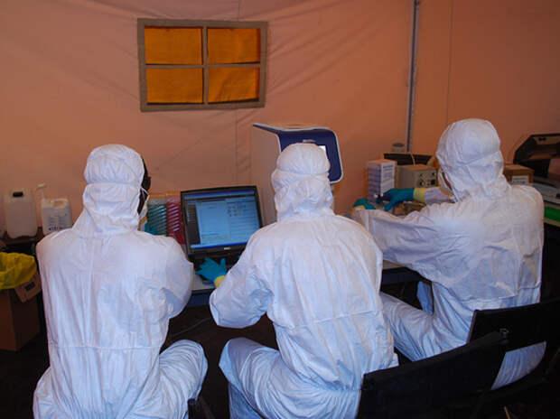 «Если будем просто рыдать, от коронавируса умрет 65 миллионов» Эпидемиолог из ВОЗ раскрыл тайны COVID-19