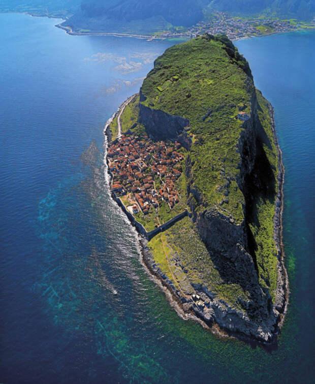 самые необычные и красивые места в мире