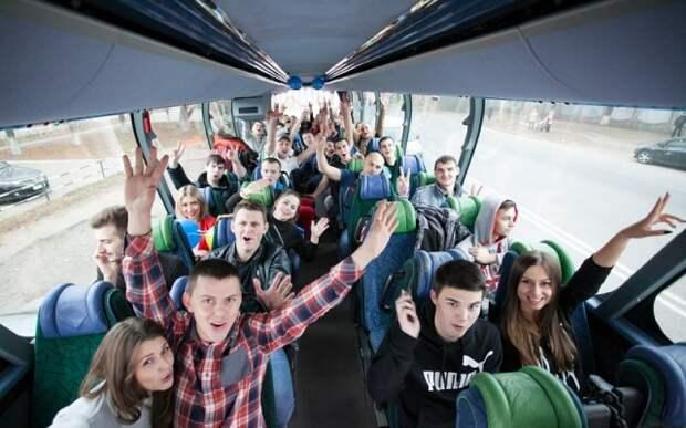 Почти все петербургские ВУЗы возместят студентам деньги за билеты домой