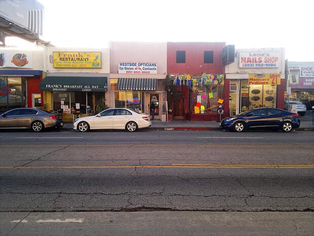 Ну и так далее на Fairfax. америка, асфальт, дороги, лос-анджелес