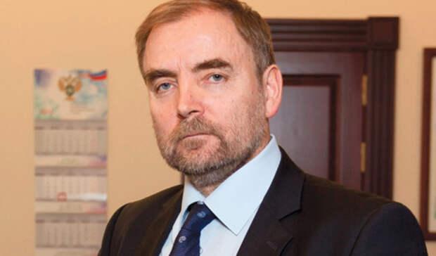 Замглавы ФАС Анатолий Голомолзин ушел вотставку