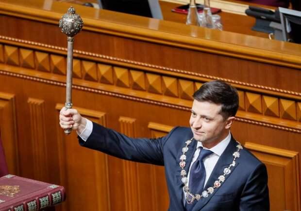 Запад теряет власть над Украиной: Зеленский не может сохранить антикоррупционные законы