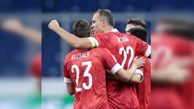 Игроков сборной России протестировали на COVID-19 перед матчем с Данией