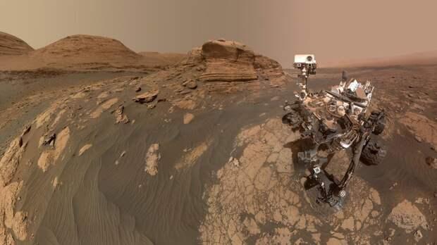 Ровер Curiosity прислал селфи, сделанное у марсианского холма Мон-Мерку