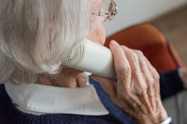Пенсионеры из Ростокина помолодеют на занятиях фейсфитнесом