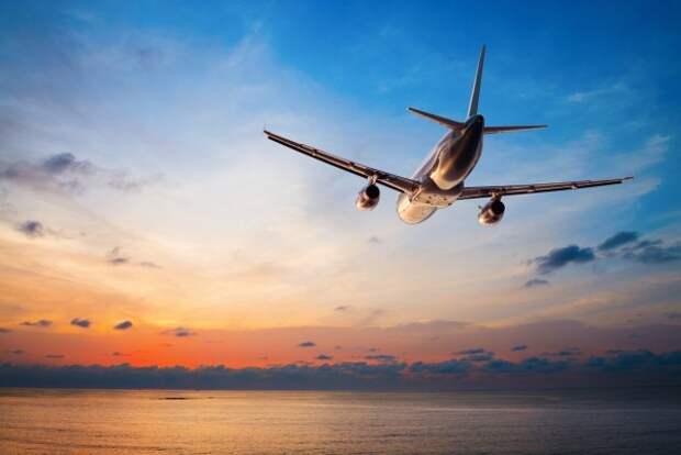 Разбился пассажирский самолёт! В момент крушения на борту находились около 100 человек (ВИДЕО)
