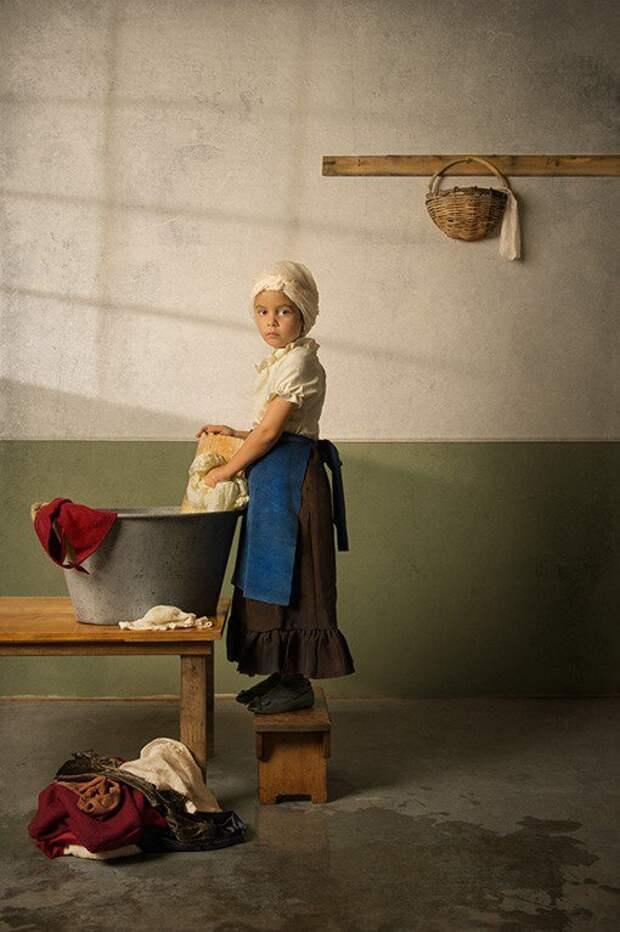 Фотограф делает снимки своей дочери в стиле классических картин