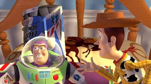 Созданная студией Pixar совместно с компанией Уолта Диснея «История игрушек» стала первым полнометражным трехмерным фильмом, полностью смоделированным на компьютере, и первым мультипликационным фильмом, номинированным на премию «Оскар».