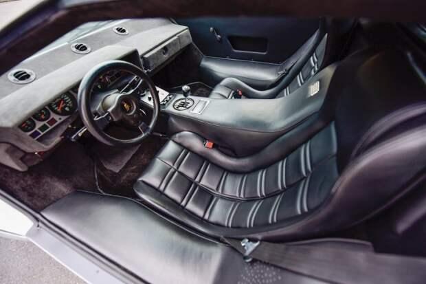 Полностью восстановленный Lamborghini Countach II 1981 года lamborghini, авто, автоаукцион, автомобили, олдтаймер, ретро авто, спорткар, суперкар
