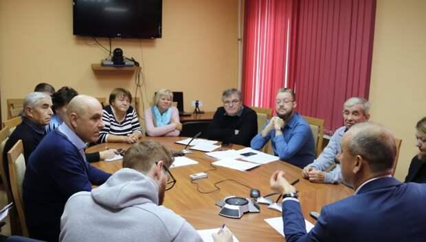 Дольщикам ЖК «Ренессанс» представили организации по обследованию долгостроев