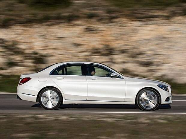 Mercedes_C-Class_Sedan_2014