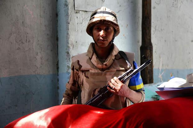 Лавров в роли пожарного: На севере Африки запахло большой войной