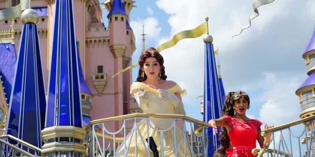 Американка оформила свой дом в сказочном стиле и прославилась на весь мир