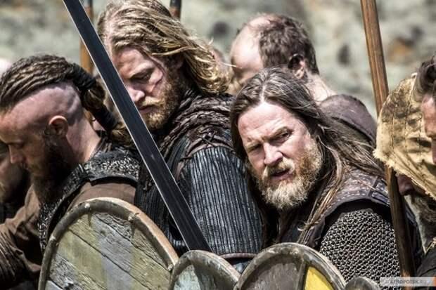 Кто попадал на корабли викингов?
