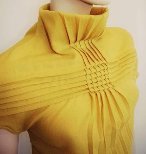 Идеи оригинального оформления верха блузок и платьев 0