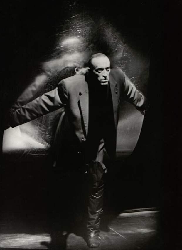 Виктор Авилов в образе Воланда.