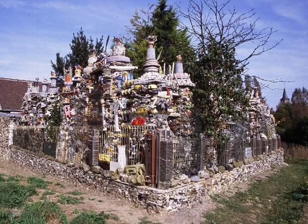 5. Дом из мусора во Франции архитектура, здания, мусор, отходы, факты