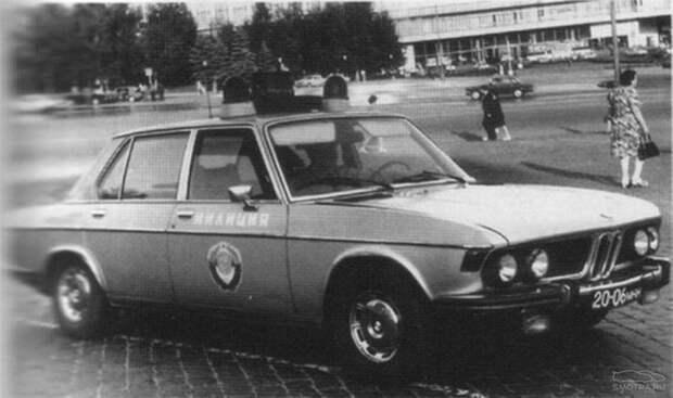 01-BMW-E3-GAI.jpg