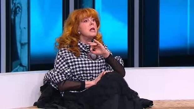 Клара Новикова рассказала о самочувствии на фоне слухов об онкозаболевании